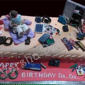 GRAND PA'S B'DAY FONDANT CAKE