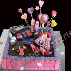 GIRL'S B'DAY FONDANT CAKE