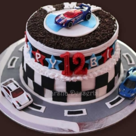 RACING CARS THEME CAKE