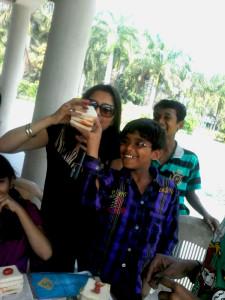 Children enjoying their desserts class